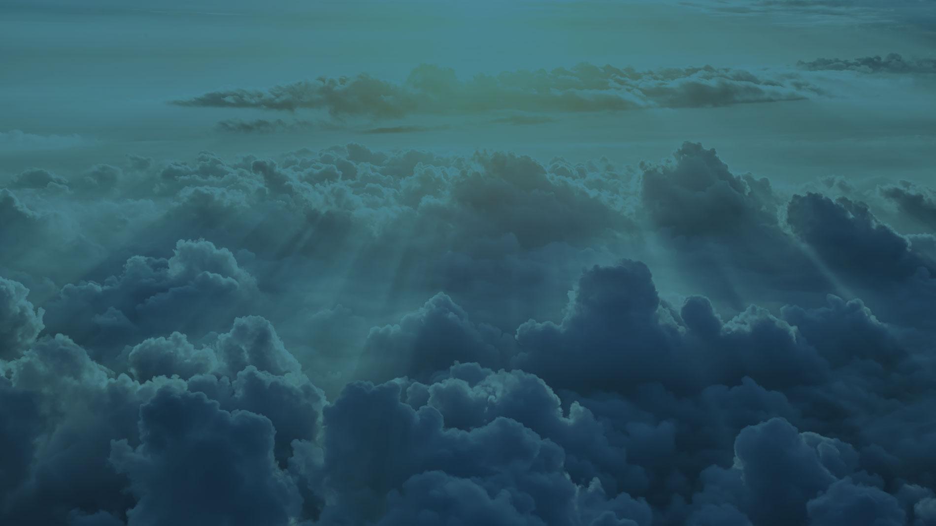Banner Nubes Incaelum